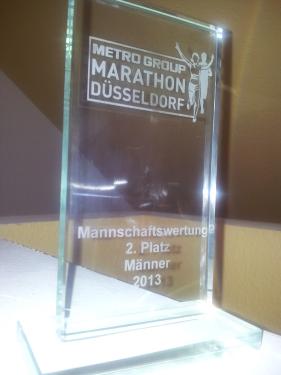 2. Platz Mannschaft Düsseldorf Marathon